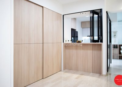 Semi-open pantry