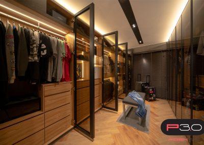 HDB Walk-in Wardrobe